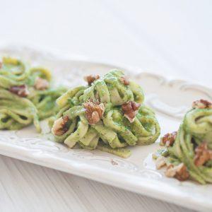 paleo, gluten free, grain free, pasta, pesto, fehttuchini, spaghetti, vegetarian, healthy