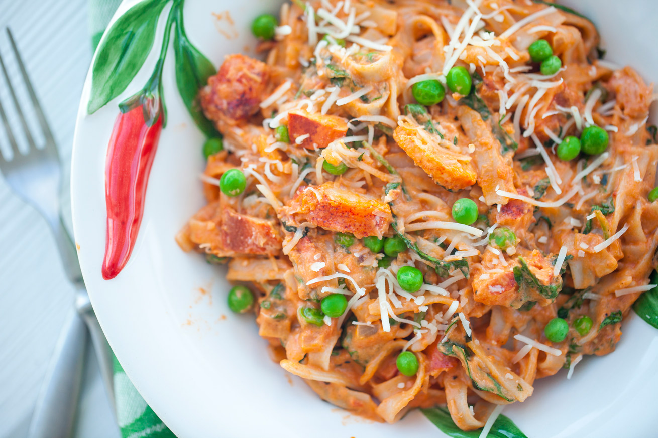 Creamy Lobster Fettuccine - Healthy with NediHealthy with Nedi