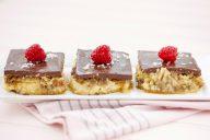 Mocha Meringues Cake