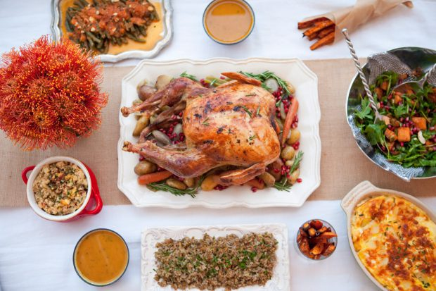 thanksgiving, thanks, family, friends, healthy food, side dishes, turkey, dessert, lunch, dinner, fall salad, butternut squash soup, holiday, mashed cauliflower