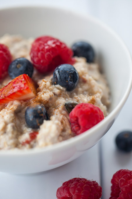 muesli, berries, oatmeal, breakfast, milk, honey, comfort, gluten free, dairy free, healthy, fiber