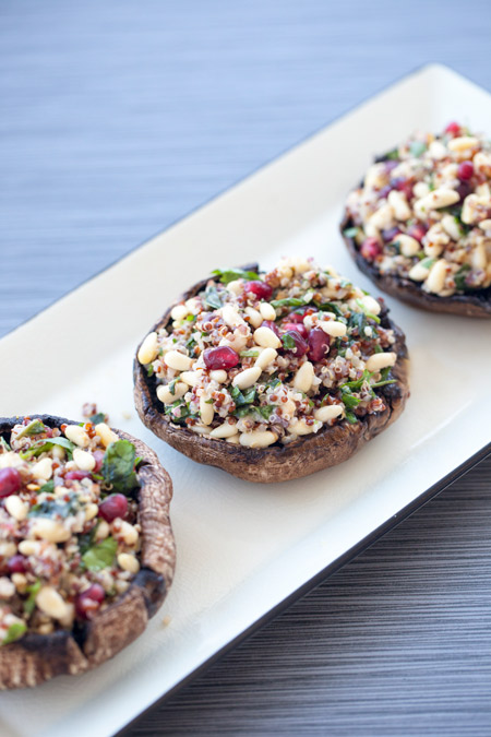 stuffed mushrooms, portobello, pomegranate, superfood, side dish, fiber, vegetarian, gluten free, quinoa
