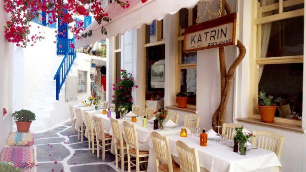 Greece, Mykonos, travel, greek islands, dinner, nightlife, sunset, dance, restaurants