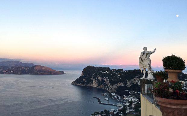 capri, amalfi coast, positano, travel guide, hotel review, restaurants, boat trip, italy, swimming, traveling