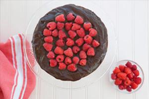 chocolate, raspberry, cake, gluten free, dairy free, dessert, paleo, healthy dessert