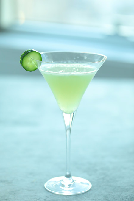 nedi martini, healthy with nedi martini, low calorie martini, cucumber martini