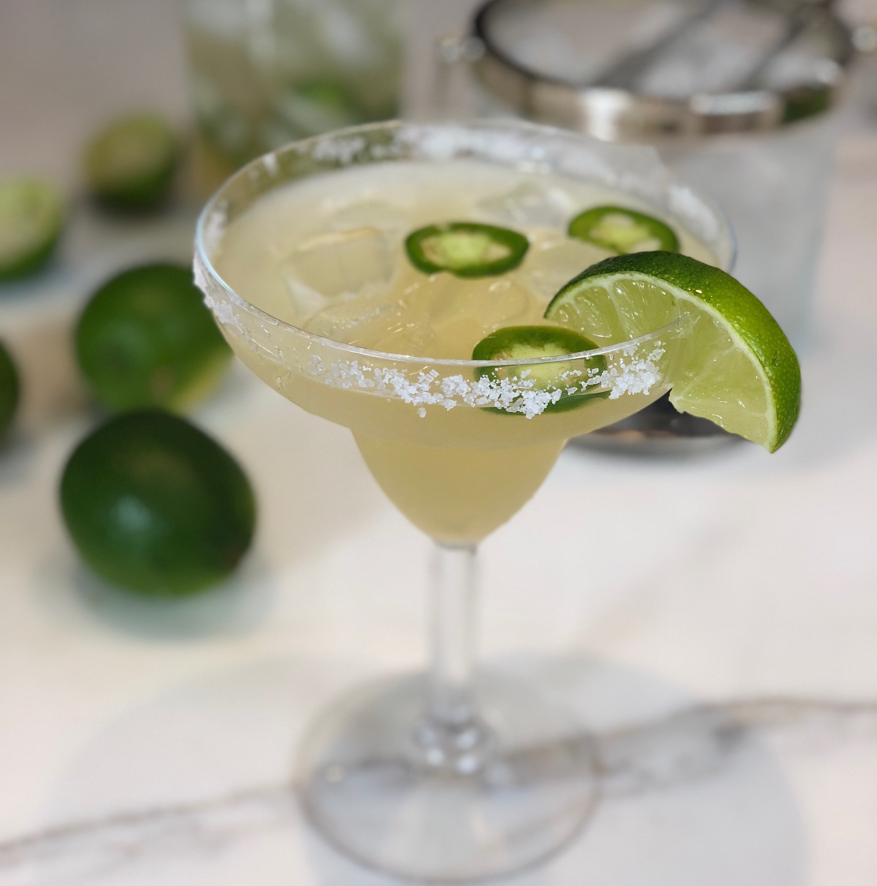 skinny cocktail, skinny margarita, margarita, low calorie cocktail