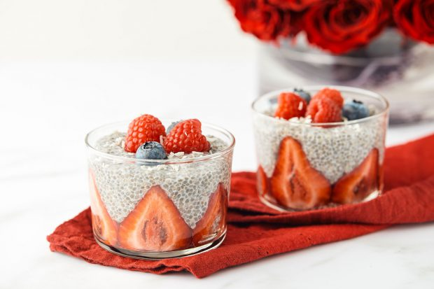 chia seed pudding, vegan, fiber, berries, coconut, breakfast