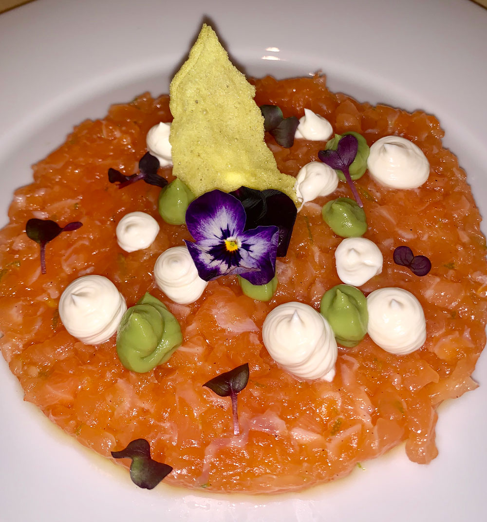 salmon tartare, seafood, raw, low carb, gstaad